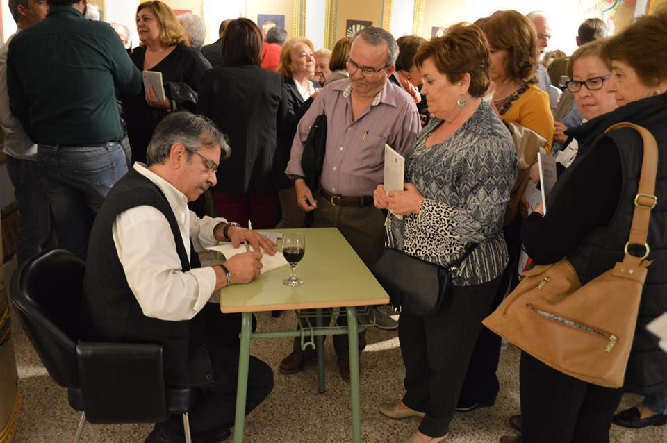 Intervención de Alejandro Santiago Martínez en la presentación del libro «Monodiálogos frente al Espejo»